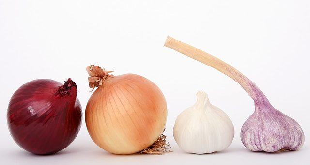 чеснок и лук против рака груди и рака толстой кишки